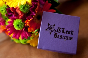 TLeahGiftBoxFlowers